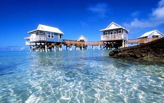 China AS / NZS 4600 Resort Overwater Bungalow For Family House / Villa supplier